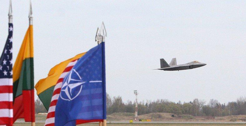 Большинство населения в странах НАТО не желает поддерживать альянс в случае военного конфликта с Россией