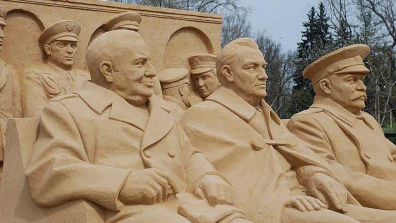 MD: Деволюция Европы: уравнивание фашизма и коммунизма