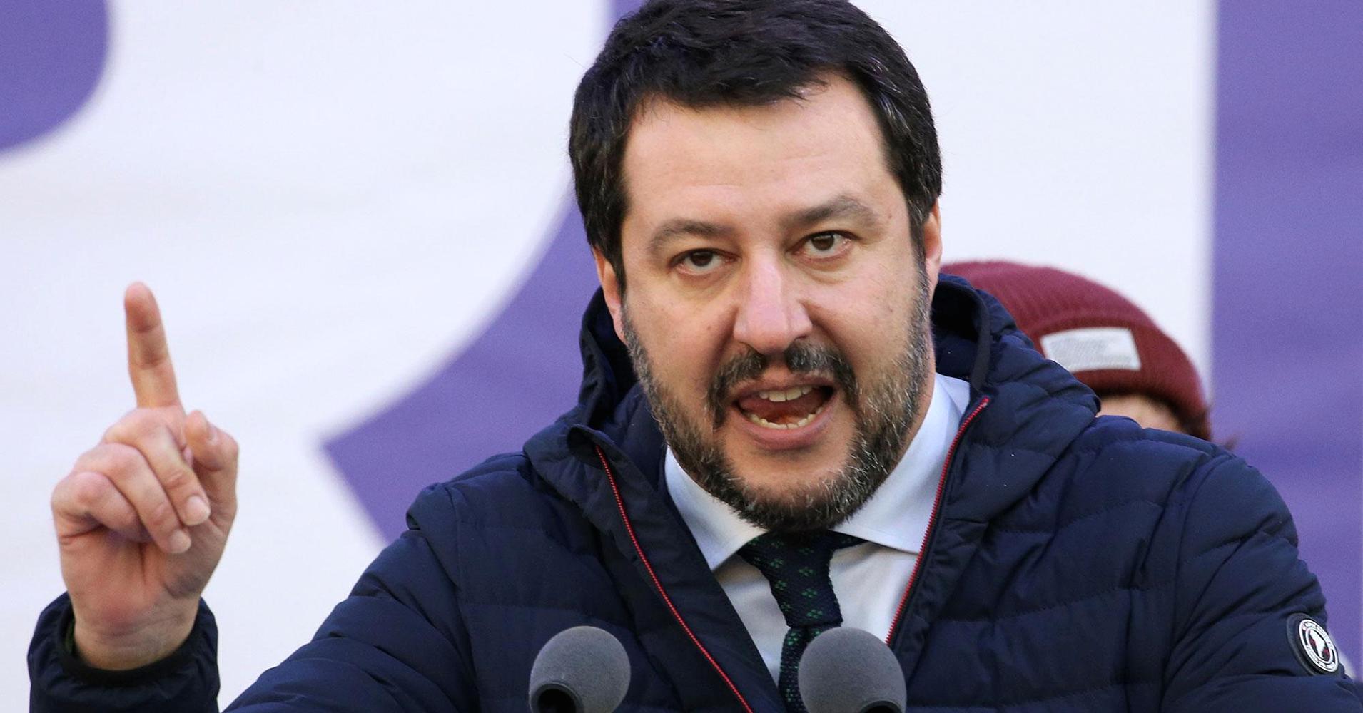 «Берлин и Брюссель заблуждаются!» – Маттео Сальвини яростно обвиняет Евросоюз, в то время как Россия помогает Италии бороться с пандемией COVID-19