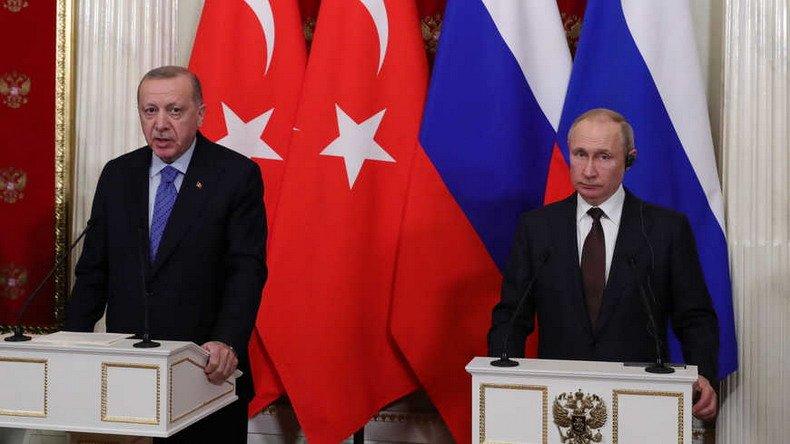 Танцы Эрдогана с Путиным: унизительно, но позволяет сохранить лицо