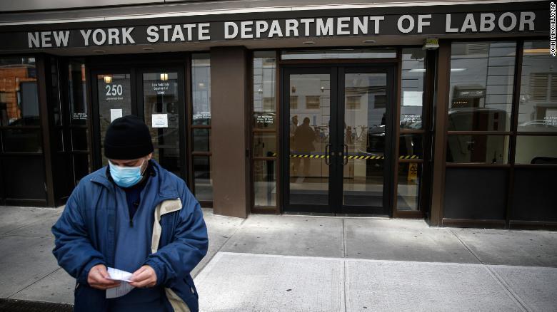 Безработица в США на фоне эпидемии бьет все мыслимые рекорды