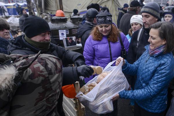 Виктория Нуланд бьет тревогу: Америка должна усилить конфронтацию с Россией, чтобы сдержать Путина