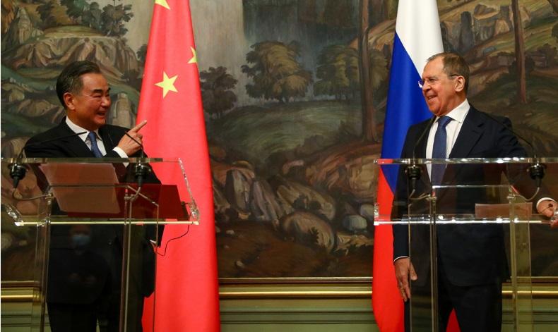 Китай и Россия обеспечивают миру стабильность, а США становятся для него угрозой