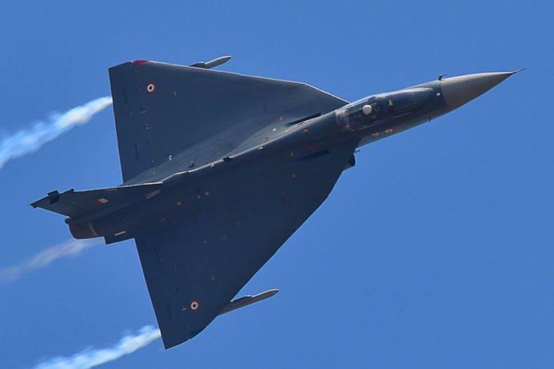 «Теджас» против Су-30MKI: Почему индийский истребитель «определённо лучше» российского?