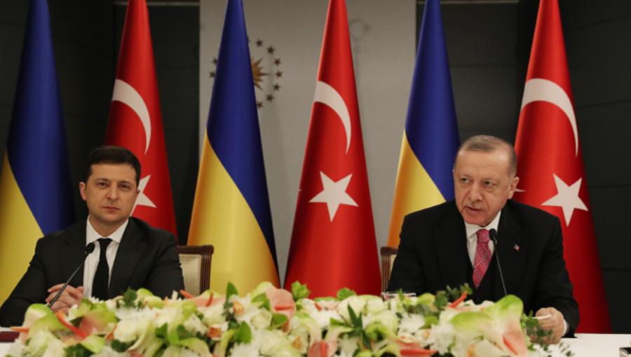 Россия ввела ограничения на полеты в Турцию, после того как Эрдоган поддержал Украину