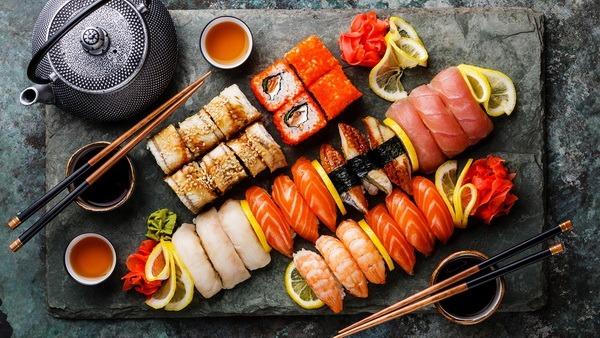 доставка роллов и суши