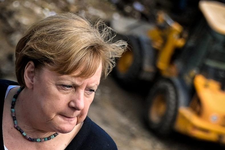 СП-2: Почему Меркель сделала выбор в пользу России, а не США