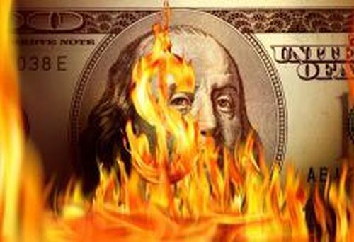 Выживет ли доллар в схватке с криптовалютами и китайским юанем?