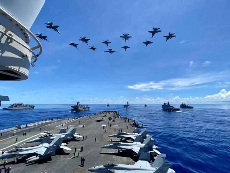 НАТО снова и снова терпит поражение от России в своих военных играх