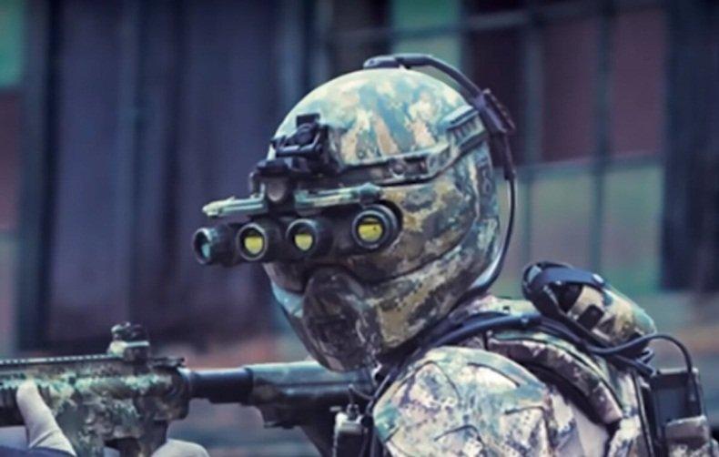 Скоро: Супер-униформа для солдат – зубные микрофоны и паутина датчиков на теле