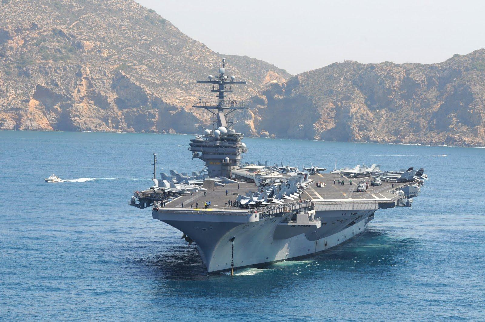 ZH: Три самоубийства на американском авианосце говорят о кризисе в вооружённых силах